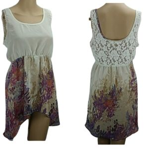 New DAYTRIP Floral Lacey High Low Sleevless Blouse